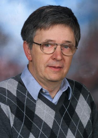 László Lovász, keynote speaker of DSN 2013